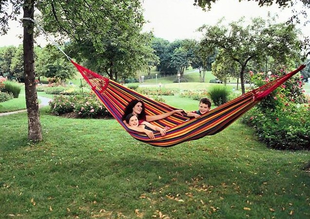 The 8 Best Backyard Hammocks - (2020 Guide & Reviews)