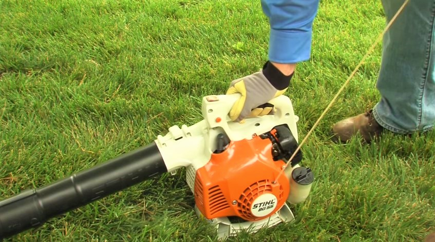 How to Start a Gas Powered Leaf Blower?