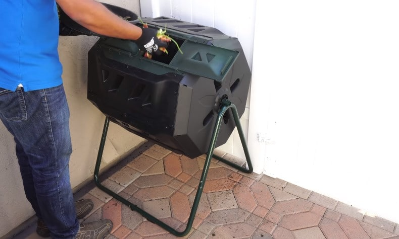 What to put in compost tumbler?